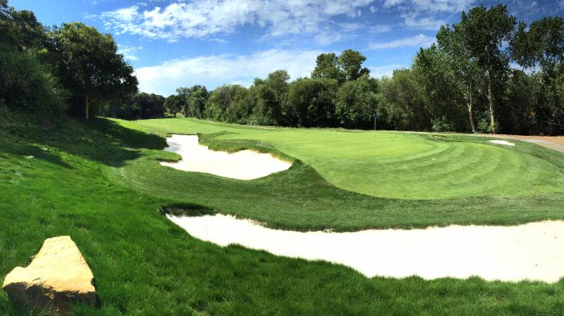 Fresh bunkering at No. 10 has spruced up the Quail Lodge course in California.